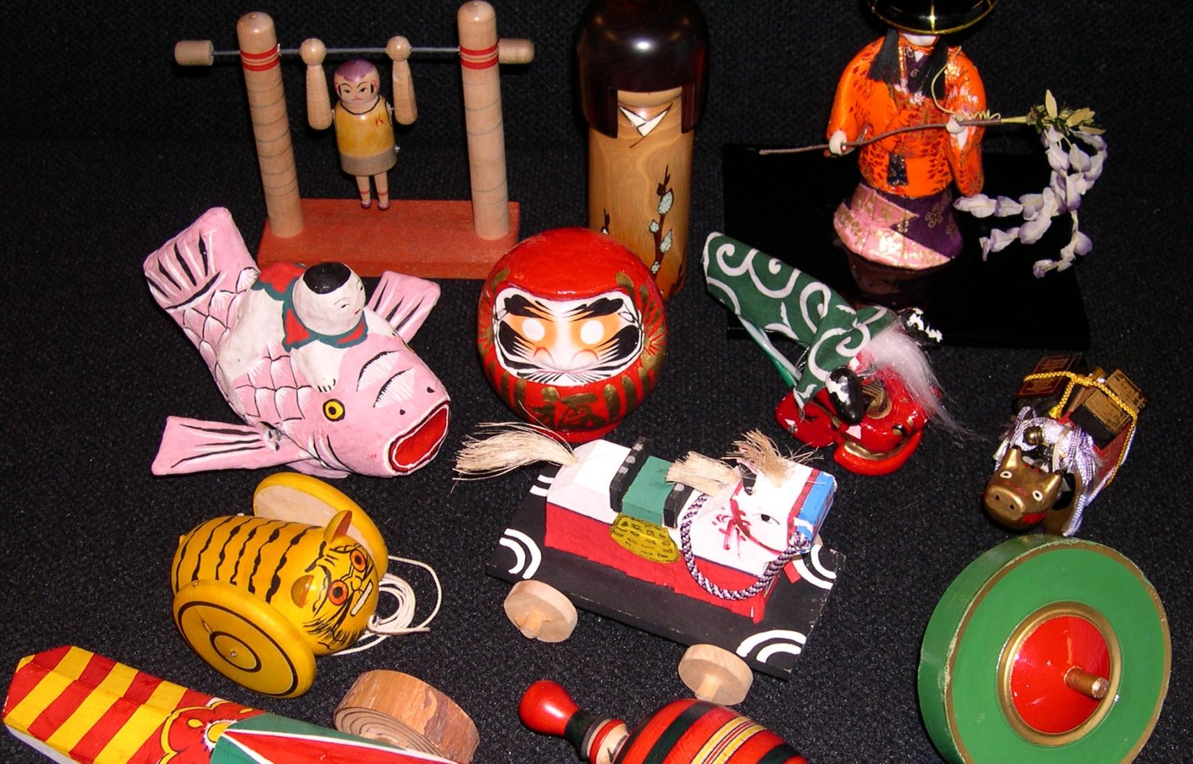 说一说那些怀旧的日本玩具