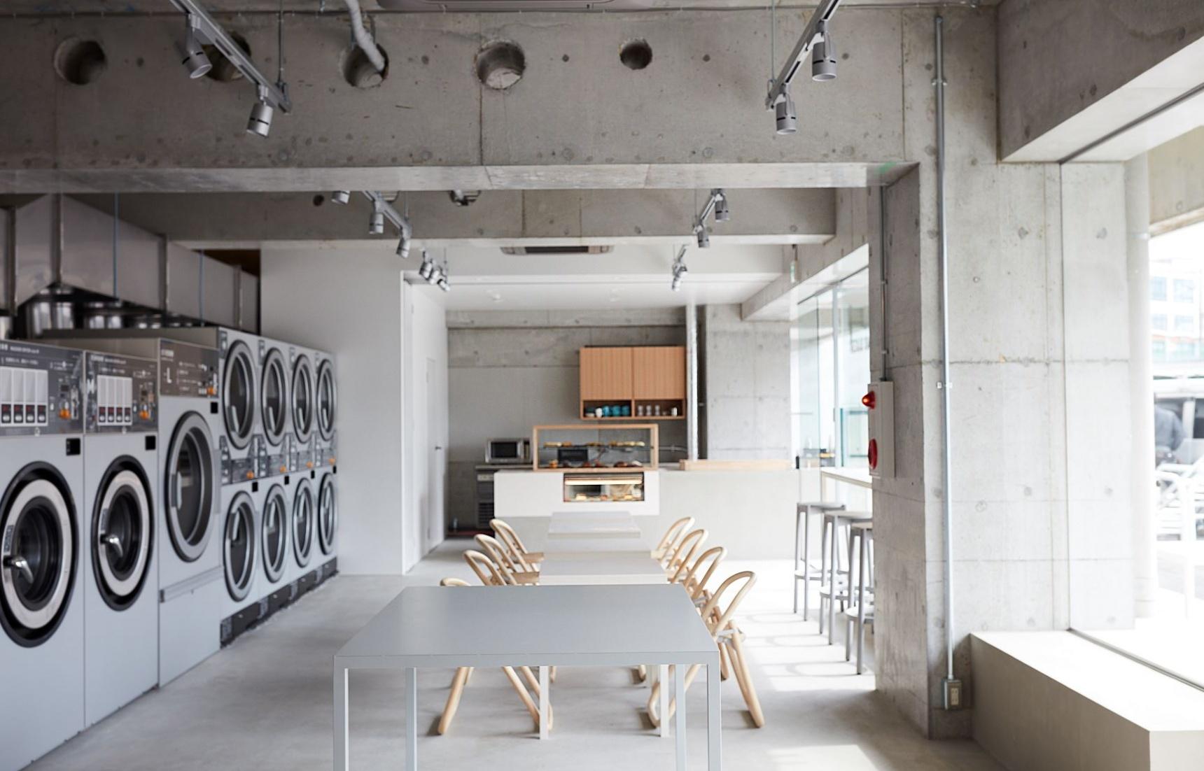 休闲便利环境佳:玩跨界的日本自助洗衣店,开启生活新模式!